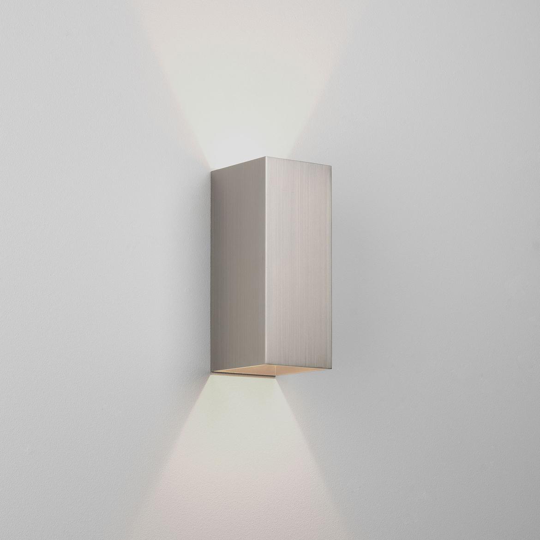 Kinzo 260 LED 15,1W 941lm 2700K IP20 seinavalgusti, hämardatav, matt nikkel