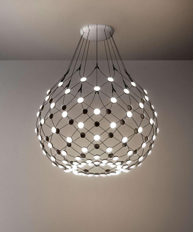 Rippvalgusti Mesh Ø 55 cm, LED 39W 2700K, hämardatav; metall, must / polükarbonaadist hajutid
