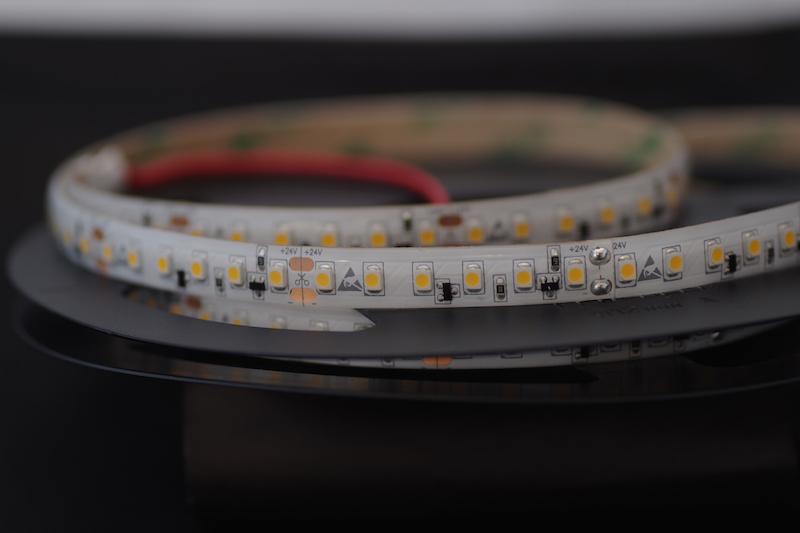 LED riba 120LED/m 9,6W(840lm)/m 10mm 2700K IP54 CC(püsivooluga) 24VDC CRI90 L=5jm