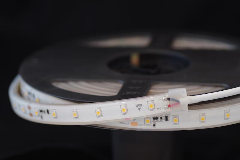 LED riba 60LED/m,4,8W(420lm)/m, L=5m, 10mm, soe 2700K, IP68, CC(püsivooluga), 24VDC, CRI90