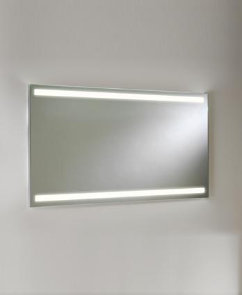 Avlon 900 LED 22W, 3000K, CRI 80, valgustatud peegel, IP44. Mõõdud 600x900x34mm, lülitita. Sobib paigaldada vertikaalselt kui ka horisontaalselt.