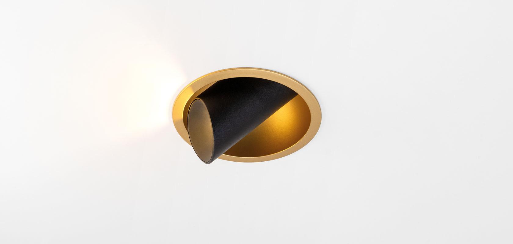 Süvisvalgusti Hollow LED 8.5W 474lm 3000K 30° läätsega, suunatav h 360° v 90°, must-kuldne