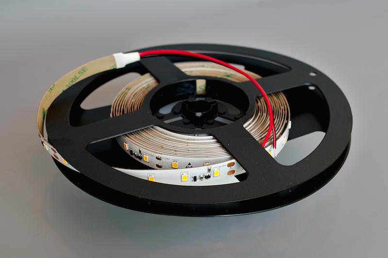 LED riba 60LED/m, 14,4W(1100lm)/m, L=5m, 10mm, soevalge 2700K, IP20, CC(püsivooluga), 24VDC, CRI95