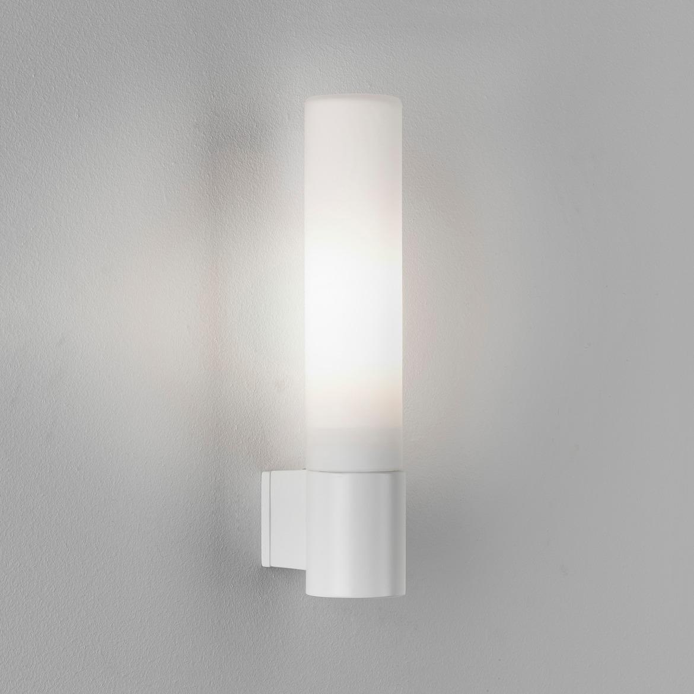 Bari Max 40W G9 IP44 vannitoavalgusti, hämardatav, matt valge, klaasist hajuti
