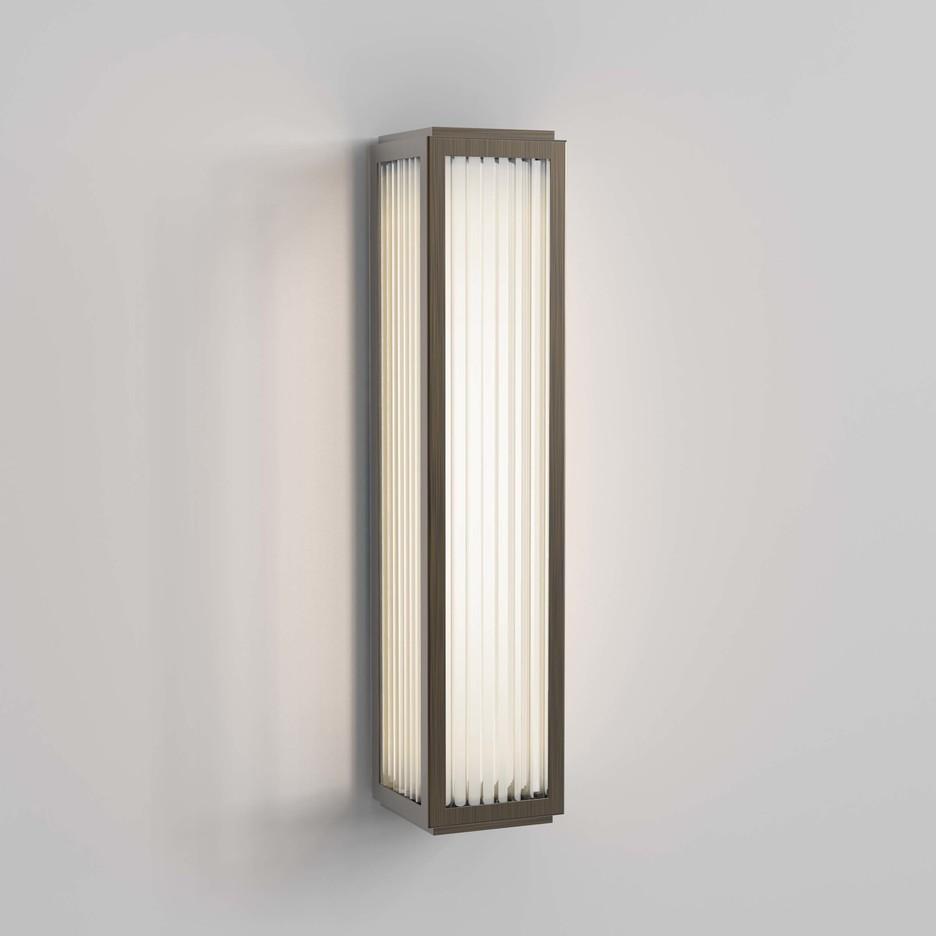 Boston 370 LED 13,9W 465lm 3000K IP44 seinavalgusti, pronks, klaasist hajuti