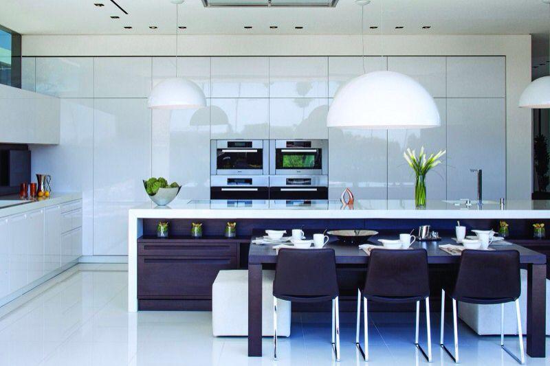 contemporary-kitchen-with-breakfast-bar-i_g-ISxficxlaf1hqu0000000000-n37pe.jpg