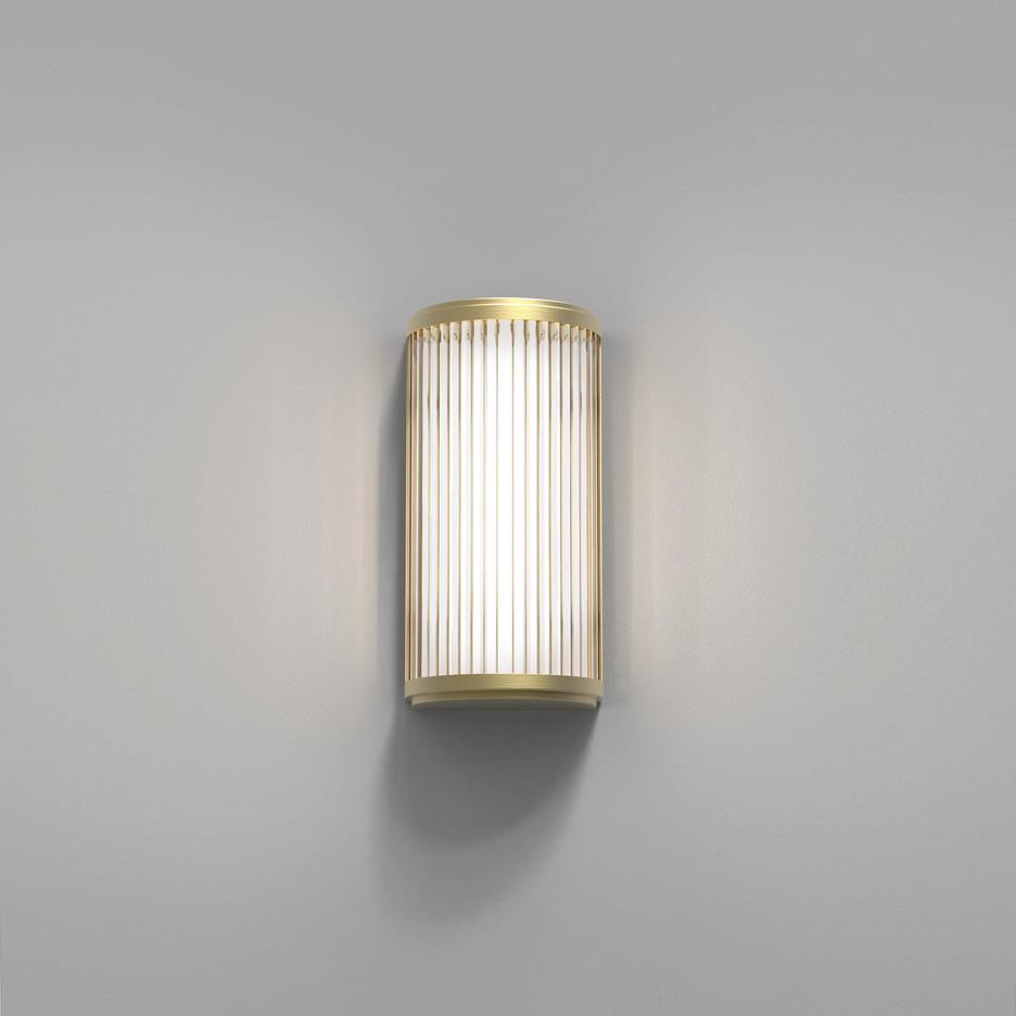 Versailles 250 LED 4,7W 371lm 3000K IP44 vannitoavalgusti, matt kuld, klaasist hajuti
