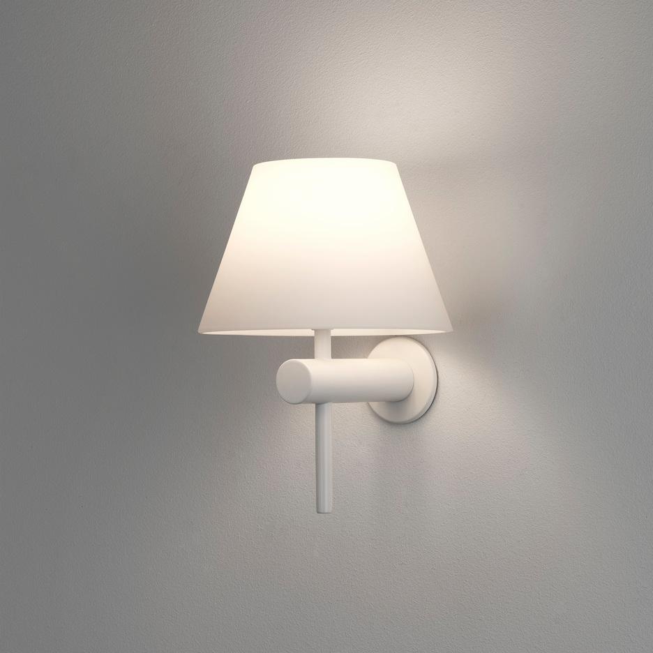 Roma Max 40W G9 IP44 vannitoavalgusti, hämardatav, matt valge, klaasist hajuti