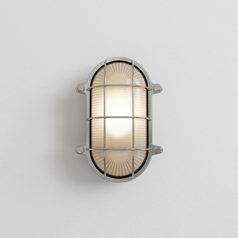 Thurso Oval Max 42W E27 IP44 seinavalgusti, hämardatav, poleeritud nikkel, klaasist hajuti